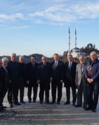 Vali Yavuz, Yemişalan Mimar Sinan Camiinde İncelemelerde Bulundu