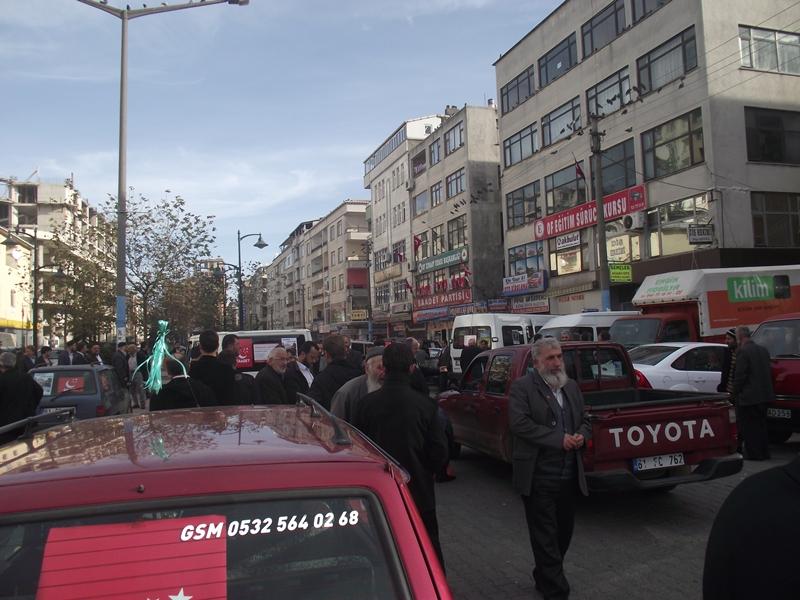 Erbakan Trabzon'a geldi, yer yerinden oynadı!