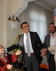 95 Yaşında Ki Safiye Nine, Doğduğundan Beri Yaşıyor!