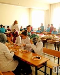Okullarda Yerli Malı Kutlaması