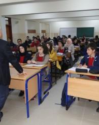 Kabahasanoğlun'dan Öğrencilerine Seminer