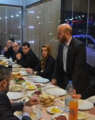Of Ak Parti Yeni Yönetimi Yemekte Buluştu