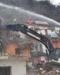Esentepe'de yıkımlar devam ediyor