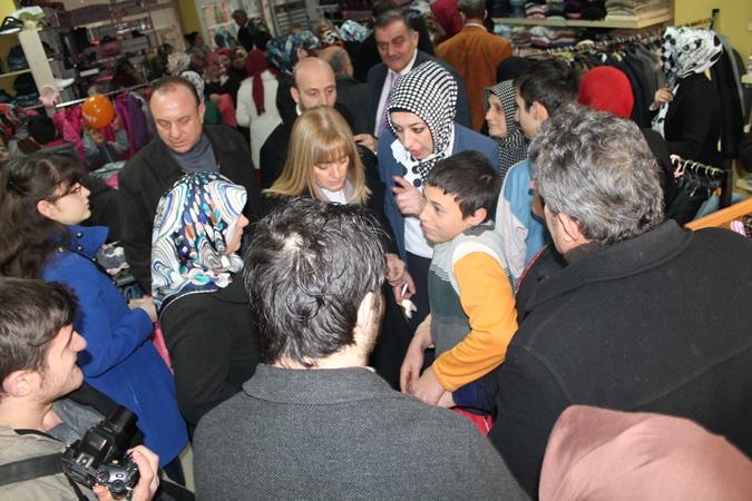 Ak Parti Of Kadın Kolları kermesi - 02.02.2013