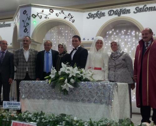 Of Belediyesinde çifte düğün