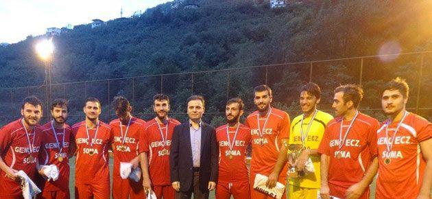 Dernekpazarı futbol turnuvası sona erdi