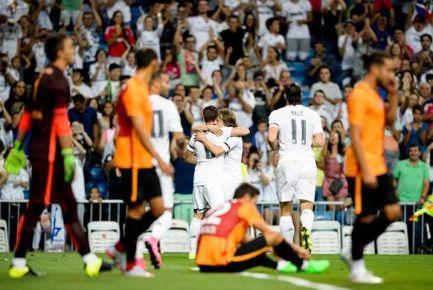 Galatasaray, Real Madrid'e 2-1 Yenildi