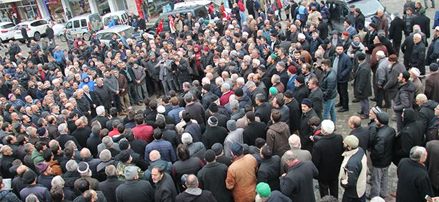 İsrail ve ABD Of'ta Protesto Edildi