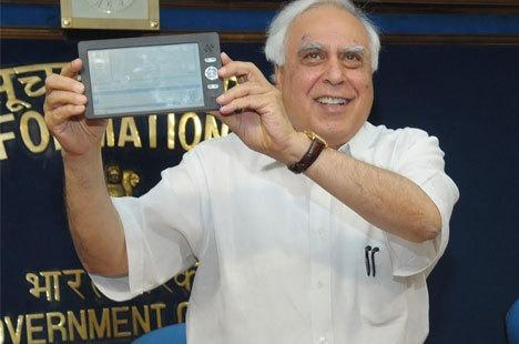 Dünyanın En Ucuz Tableti Hindistan'da