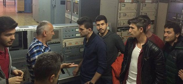 Öğrenciler TRT Verici İstasyonu'nu...