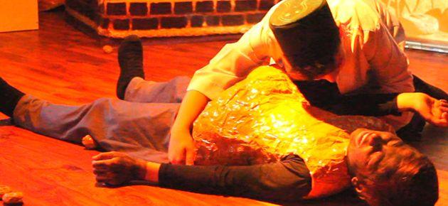 Öğrencilerden Çilelerle Bilal-i Habeşi Tiyatrosu