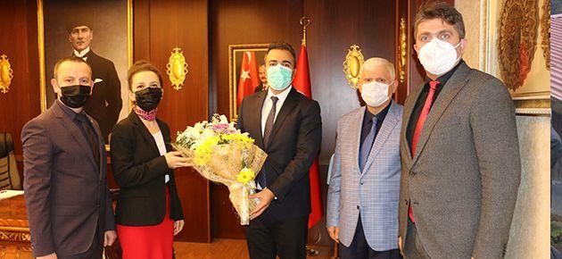 Öğretmenlerden Çiçek ve Sarıalioğlu'na ziyaret
