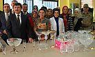 Vali Öz, Cam Sanatı Merkezini Ziyaret Etti