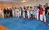 Karateciler Ofta kampa girdi
