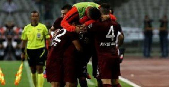 Trabzonspor, Beşiktaş'ı 2-1 Yendi