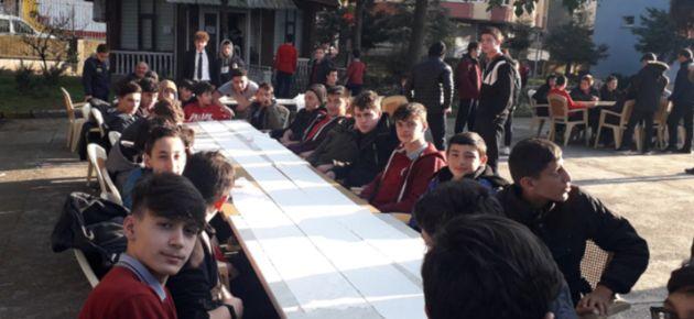 Ulusoy Okulunda 'Hamsi ye Kan ver' Etkinliği