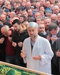 Mustafa Saral Dualarla Defnedildi