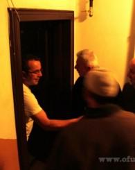 Of Saadet Kapı Kapı Dolaşıyor!