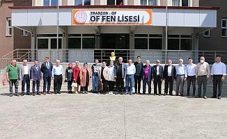 Başkan Sarıalioğlu'ndan  TUBİTAK birincisi  Of Fen Lisesine anlamlı ödül
